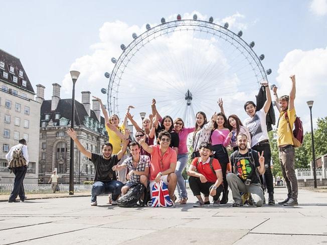 výlet so spolužiakmi je spestrením jazykového pobytu